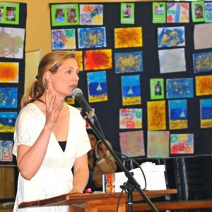 Lara Schoenfeld addressing parents, children and nannies